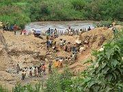 Těžba coltanu v Kongu