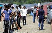 Uprchlíci se snaží dostat do Evropy přes Balkán