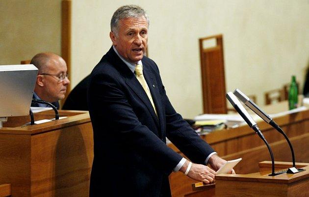 Mirek Topolánek během hlasování o Lisabonské smlouvě