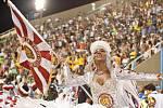 Světově proslulý karneval v brazilském městě Rio de Janeiro každoročně láká davy turistů. Letošní rok nebude výjimkou, na extravagantní slavnost podle organizátorů přijede zhruba 850 tisíc lidí.
