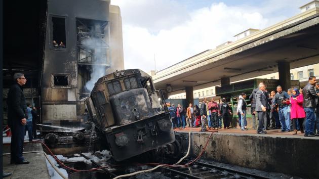 V egyptské Káhiře hořelo železniční nádraží