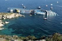 U Itálie ztroskotala luxusní loď