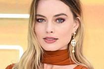Kráska Margot Robbie.