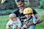 Mikoláš Růžička se svými syny
