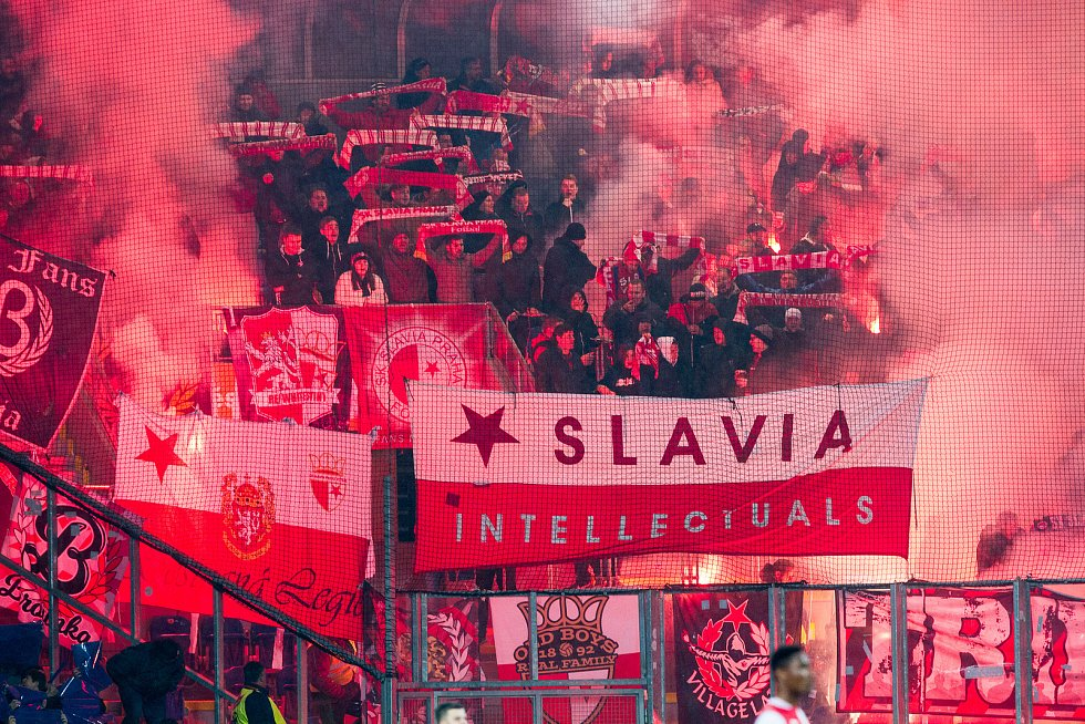 Fanoušci fotbalistů Slavie.