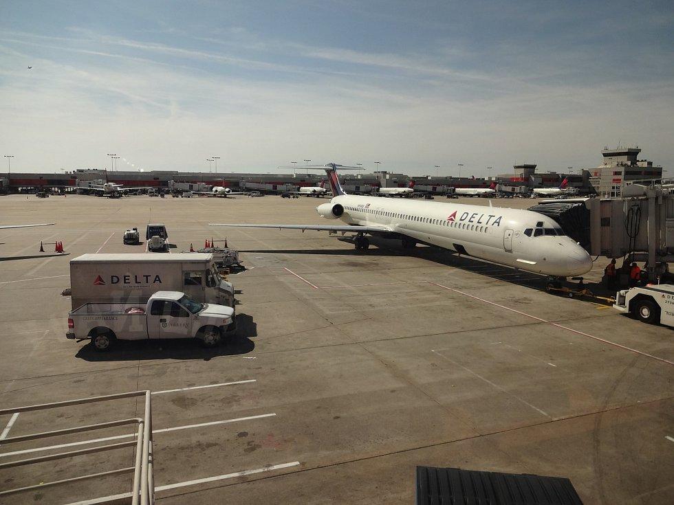 Letiště Atlanta dlouhých 22 let, až do pandemie koronaviru, drželo prvenství jako nejvytíženější letiště světa co do počtu cestujících.