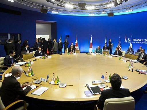 Ve francouzském letovisku Deauville ve čtvrtek začal dvoudenní summit mocných zemí sdružených ve skupině G8.