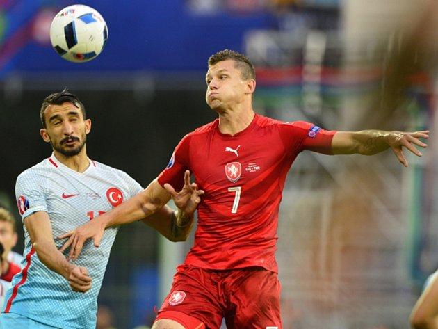 Tomáš Necid (vpravo) proti Turecku.