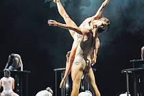 Celovečerní výpravný balet věrně vychází ze Smetanovy předlohy.