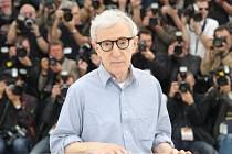 Režisér Woody Allen na festivalu v Cannes.