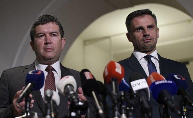 Jan Hamáček (vlevo) a Jiří Zimola.