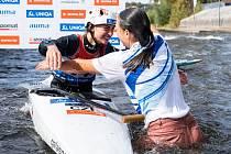 Martina Satková skočila po triumfu své sestry Gabriely do vody.