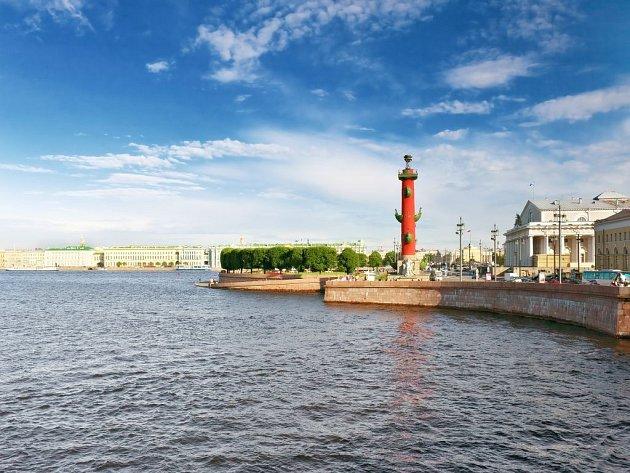 Petrohradu se říká Benátky severu.