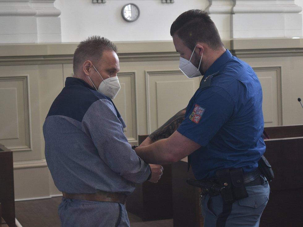 Robert Lleyton Šmídl u soudu