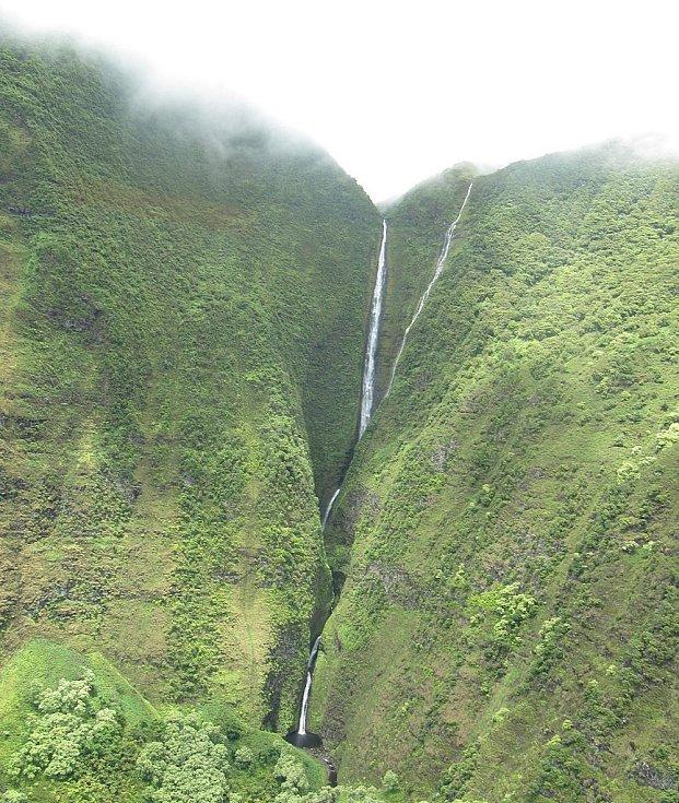Vodopád Oloupena na havajském ostrově Molokai