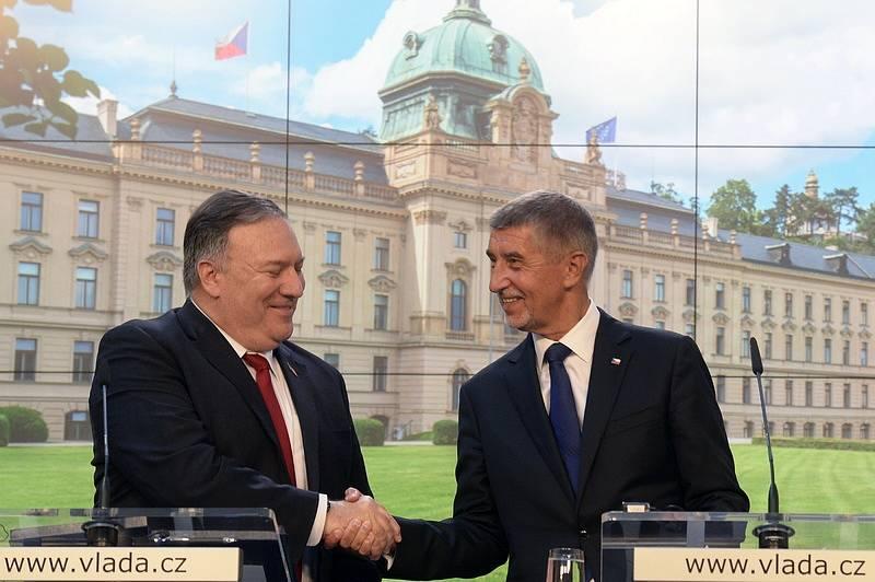 Americký ministr zahraničí Mike Pompeo a premiér ČR Andrej Babiš