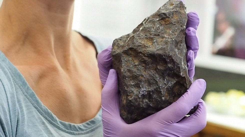 Meteority se na Zemi těší nemalému vědeckému zájmu
