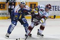 V utkání Plzně se Spartou nebyla nouze o tvrdé souboje.