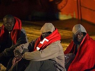 Afričtí běženci na Kanárských ostrovech věří, že najdou v Evropě lepší obživu.