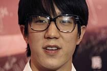 Čínská státní prokuratura dnes oficiálně obvinila syna filmové hvězdy Jackieho Chana z drogového deliktu.