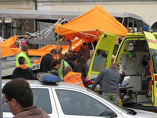 Nákladní auto v úterý 18. května 2010 narazilo do volebního stanu ČSSD na Palackého náměstí v Kutné Hoře. Údajně se samovolně rozjelo. Dvě osoby utrpěly středně těžká zranění a musely být hospitalizovány v nemocnici. Mítink byl v důsledku události zrušen.