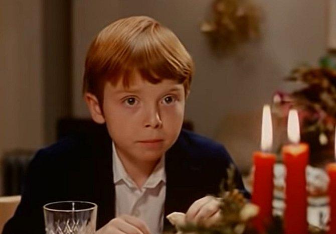 Druhý díl rodinné komedie s názvem Veselé Vánoce přejí chobotnice.