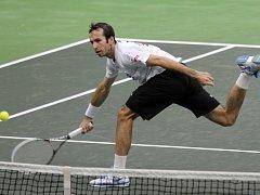 Radek Štěpánek na tréninku českého týmu před finále Davis Cupu.