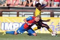 Sparta - Plzeň: Costa a souboj s Františkem Rajtoralem