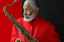 Pouhý měsíc dělí jazzové fanoušky od vystoupení pro mnohé hlavní hvězdy letošního ročníku festivalu Struny podzimu - dvaaosmdesátiletého legendárního saxofonisty Sonnyho Rollinse.
