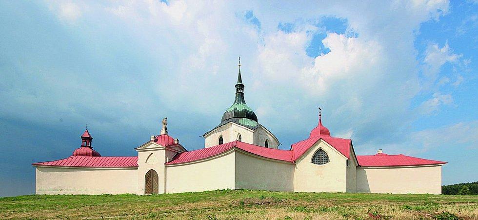 Kostel svatého Jana Nepomuckého na Zelené hoře: Vrcholné dílo architekta Jana Blažeje Santiniho-Aichela patří na Seznam světového kulturního apřírodního dědictví UNESCO.