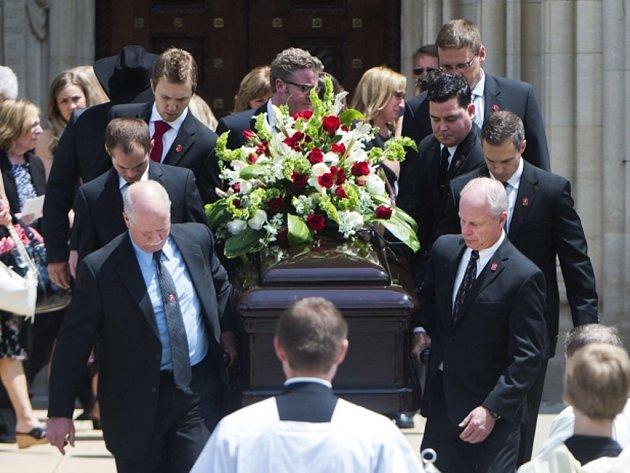 Poslední rozloučení s legendou NHL Gordiem Howem.