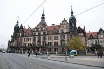 Budova Rezidenčního zámku v Drážďanech, kde zloději v pondělí brzy ráno vykradli klenotnici Grünes Gewölbe (Zelená klenba), ve které jsou uloženy cenné historické sbírky německé spolkové země Sasko
