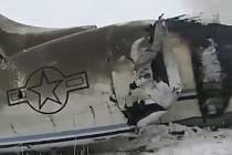 Trosky letadla, které se 27. ledna 2020 zřítilo ve východním Afghánistánu