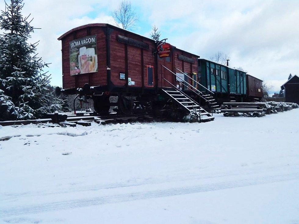 Muzejní vagony v Novém Údolí.