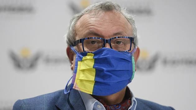 Prezident Hospodářské komory Vladimír Dlouhý (na snímku z 9. dubna 2020)