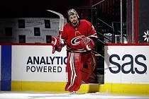 Gólman Petr Mrázek se jako nechráněný volný hráč dohodl v NHL na tříleté smlouvě s Torontem.