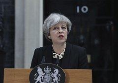Theresa Mayová slibuje změnit taktiku boje proti teroristům