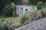 Železniční viadukt v krušnohorském Perninku.