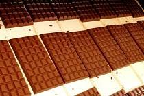 Vědci zjistili, že ti, kdo jedli čokoládu několikrát týdně, byli v průměru štíhlejší než ti, kdo si ji dopřáli jen příležitostně.