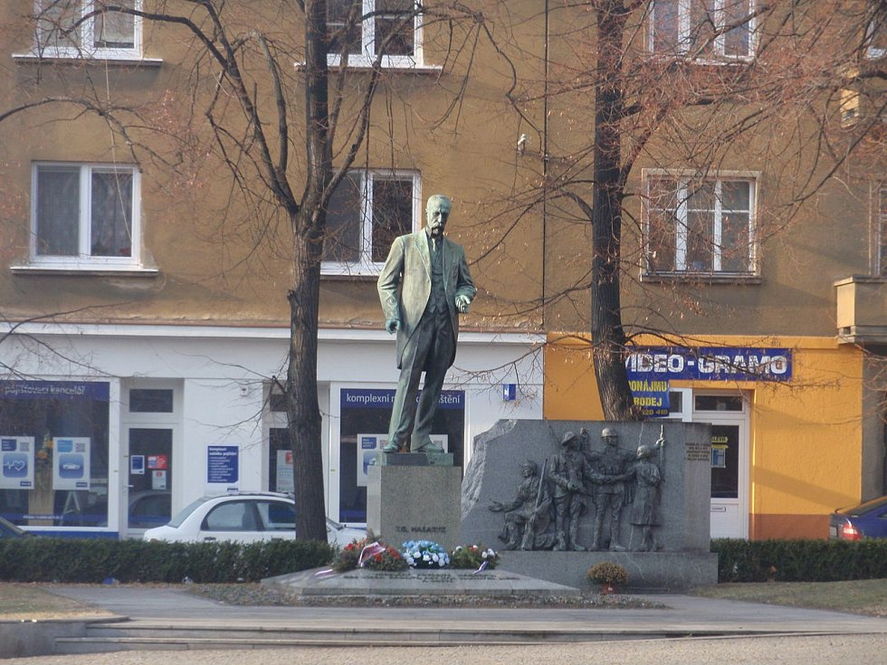 Masarykova socha v Hodoníně