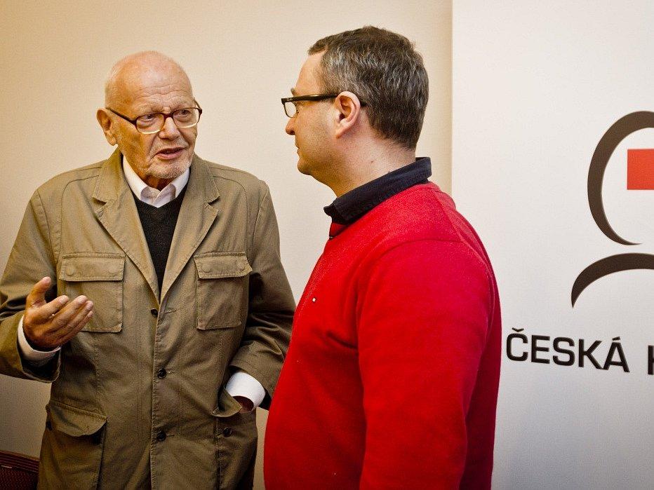 Tisková konference k vyhlášení laureátů Česká hlava 2014 za nejlepší patenty, objevy a vynálezy vědců v letošním roce, proběhla 27. listopadu v Praze. Emil Paleček a Pavel Izák.