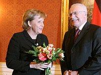 Merkelová byla v Praze v lednu. Také tehdy na Hradě probírala s Klausem euroústavu.