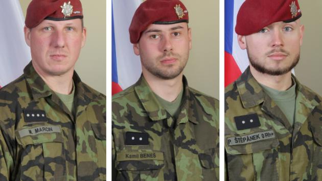 Čeští vojáci, kteří 5. srpna 2018 zahynuli v Afghánistánu. Zleva: rotný Martin Marcin, desátník Kamil Beneš a desátník Patrik Štěpánek.