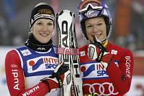 Susanne Rieschová (vlevo) a její sestra Marie Höflová-Rieschová.