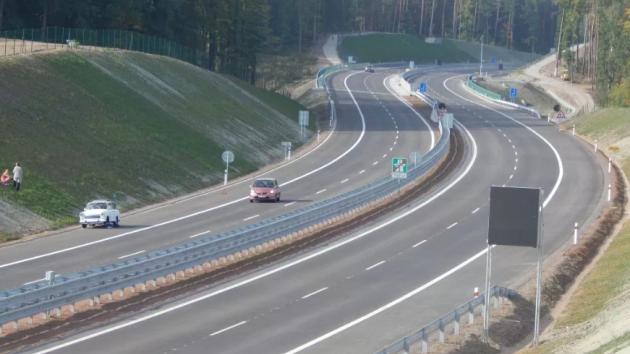 Úsek dálnice D3 u Úsilného.