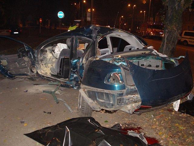 Řidič osobního vozidla nezvládl řízení