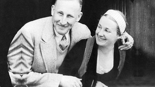 Reinhard Heydrich s manželkou Linou