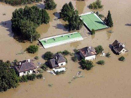 Letecký snímek zaplavených Lahovic