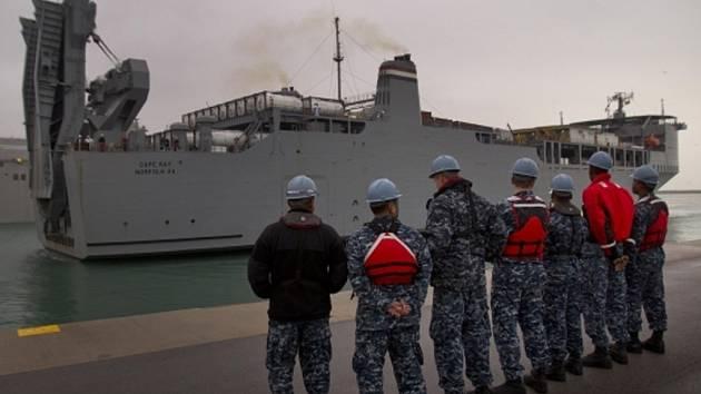 Američané neutralizovali zejména chemikálie použité na výrobu jedovatých plynů sarin a yperit na zvláštní lodi Cape Ray, která plula v mezinárodních vodách Středozemního moře.