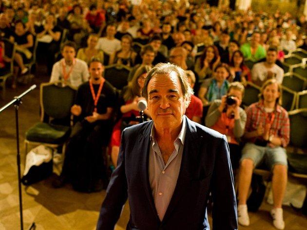 Režisér Oliver Stone je ve Varech už od úterka. Sám uvedl svůj snímek Alexandr Veliký.